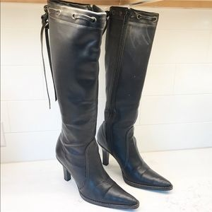 Gorgeous Coach Black Bella Leather Boots